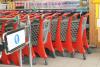 Új típusú, műanyag bevásárlókocsi tesztüzlet Gödöllőn